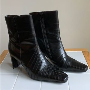 Naturalizer layered leather boots